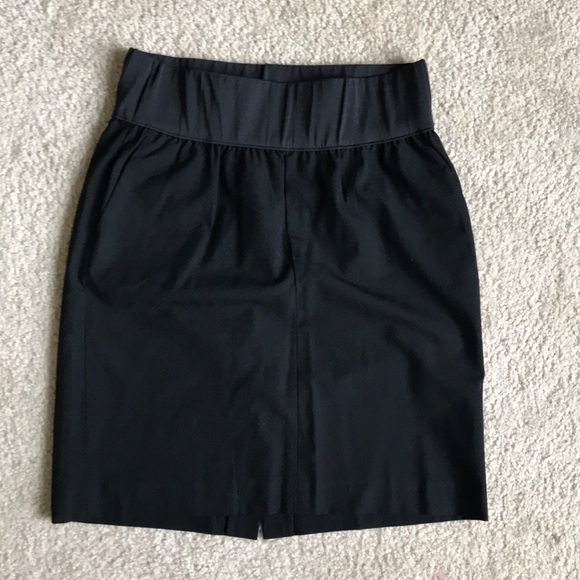 GAP Maternity Dresses & Skirts - Gap Maternity pencil mini skirt for work!